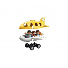 Head off on vacation at the LEGO® DUPLO® Airport!