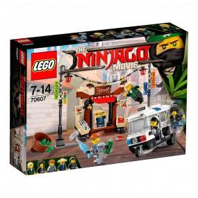 Lego Ninjago Movie - perseguiçao na cidade de ninjago